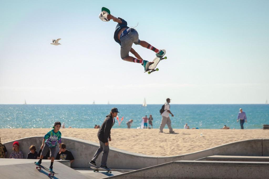 Skateboarding in 'Durbs' is popular on the beach|© Chris Brignola/Unsplash