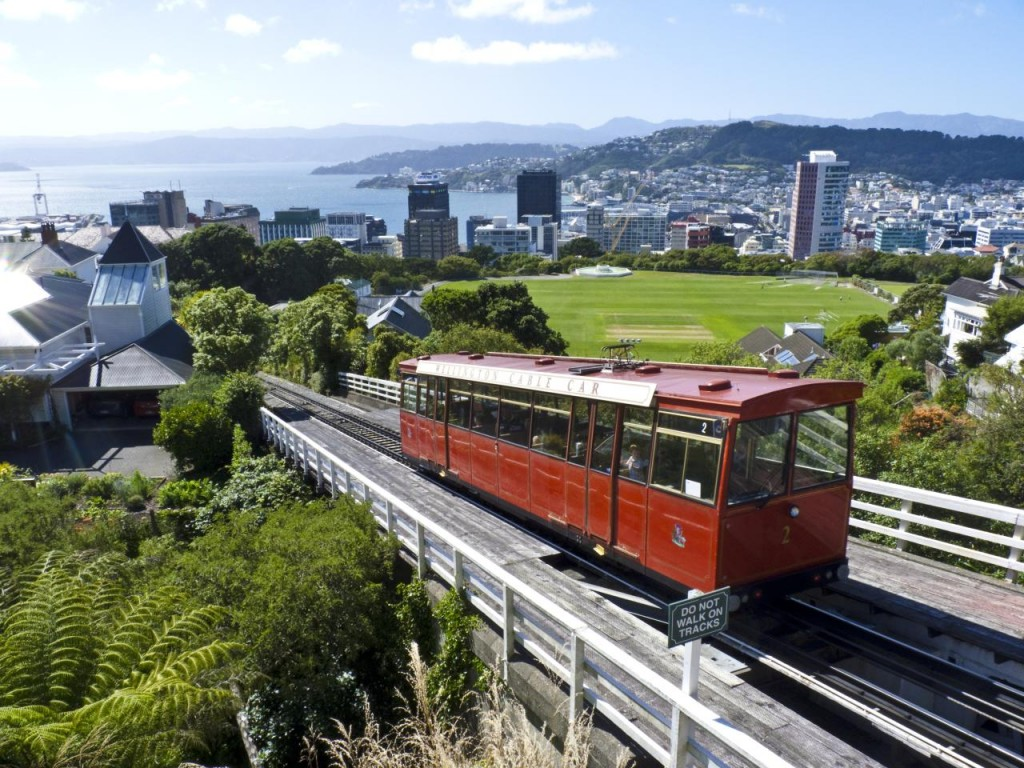 Cable car, Wellington   © John Lawrence/Flickr