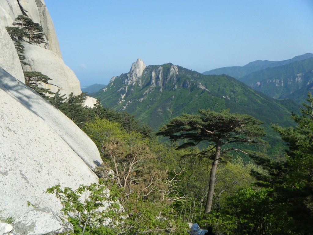 Seoraksan National Park © garycycles / Flickr