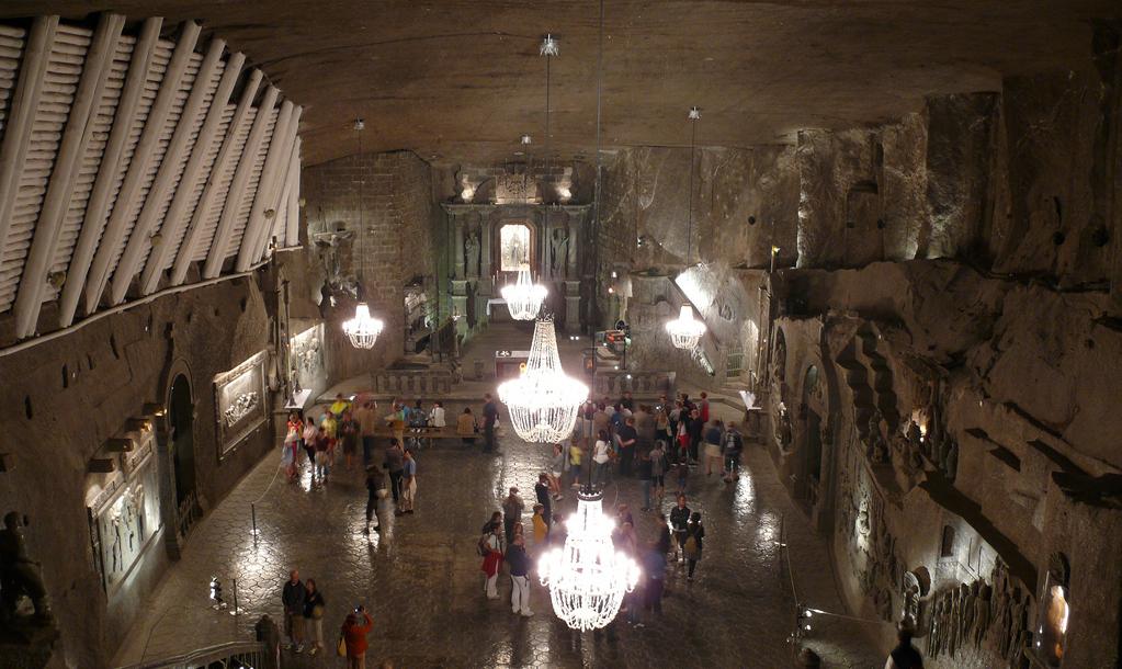 Wieliczka Salt Mine |© Nik / Flickr
