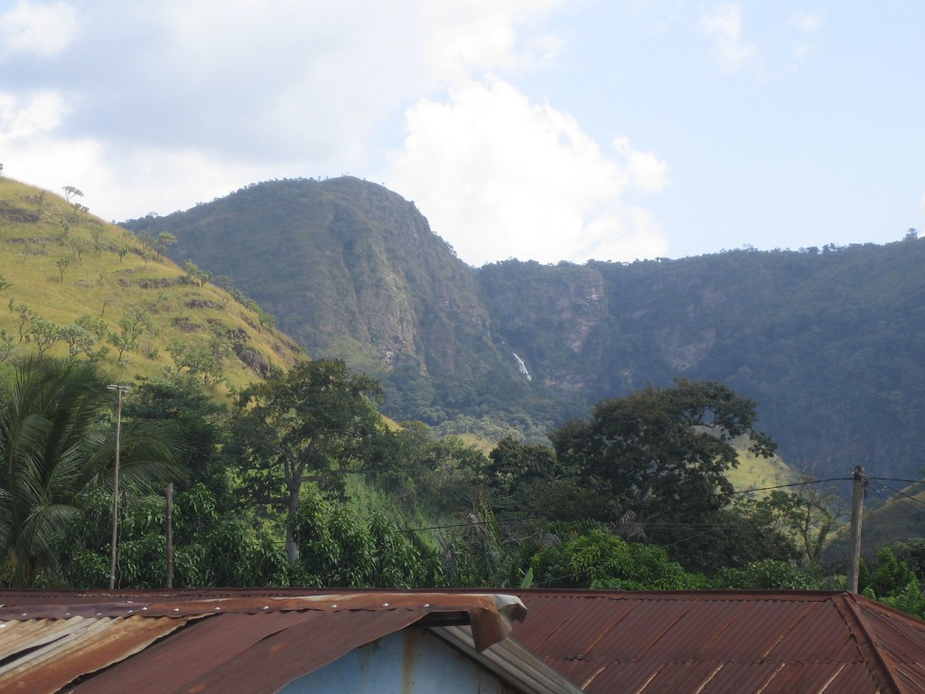 The Kwahu Mountains © C A / Flickr