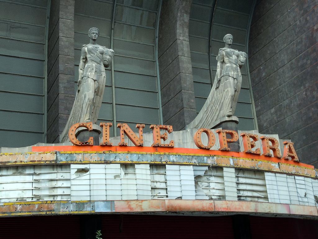 Cine Opera, San Rafael | © Matthew Rutledge/Flickr