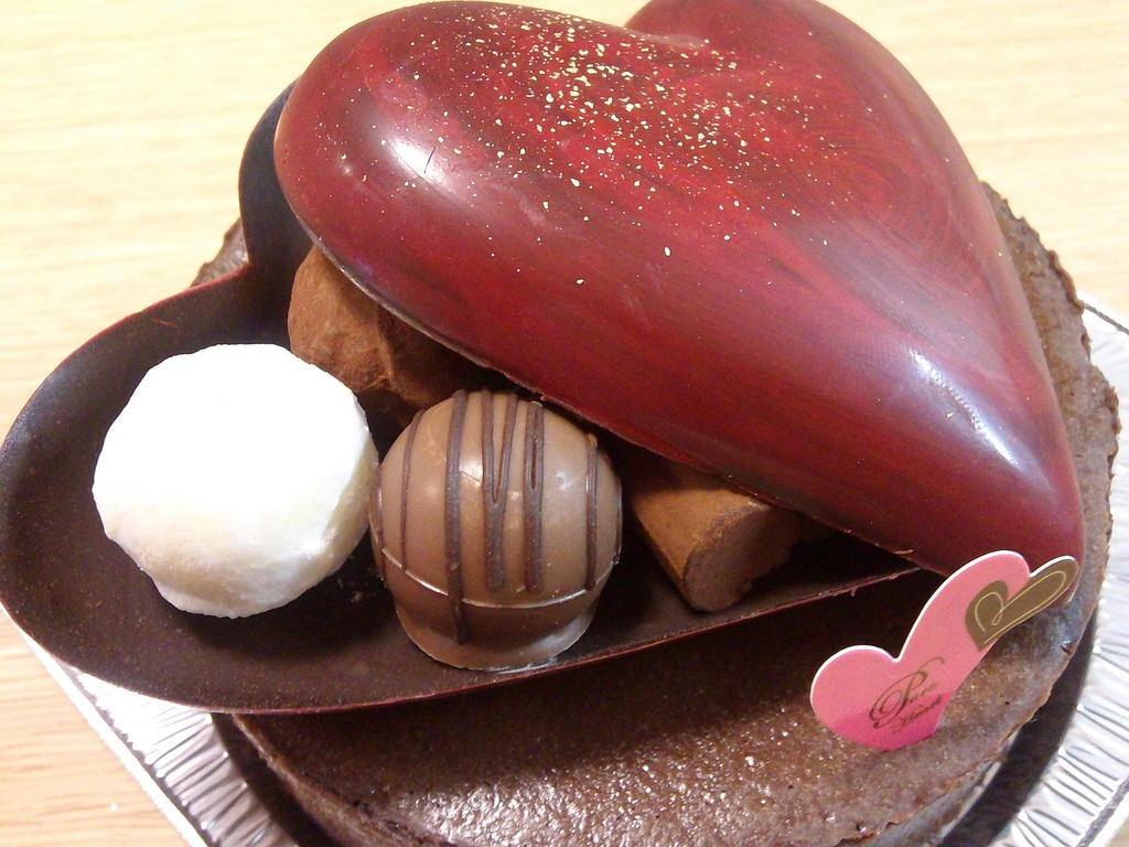 Valentine chocolates | © Sekikos / Flickr