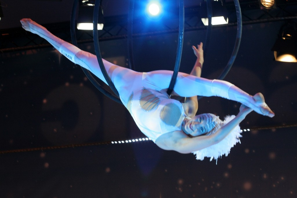 Aerial Performer | © Coyau/Flickr