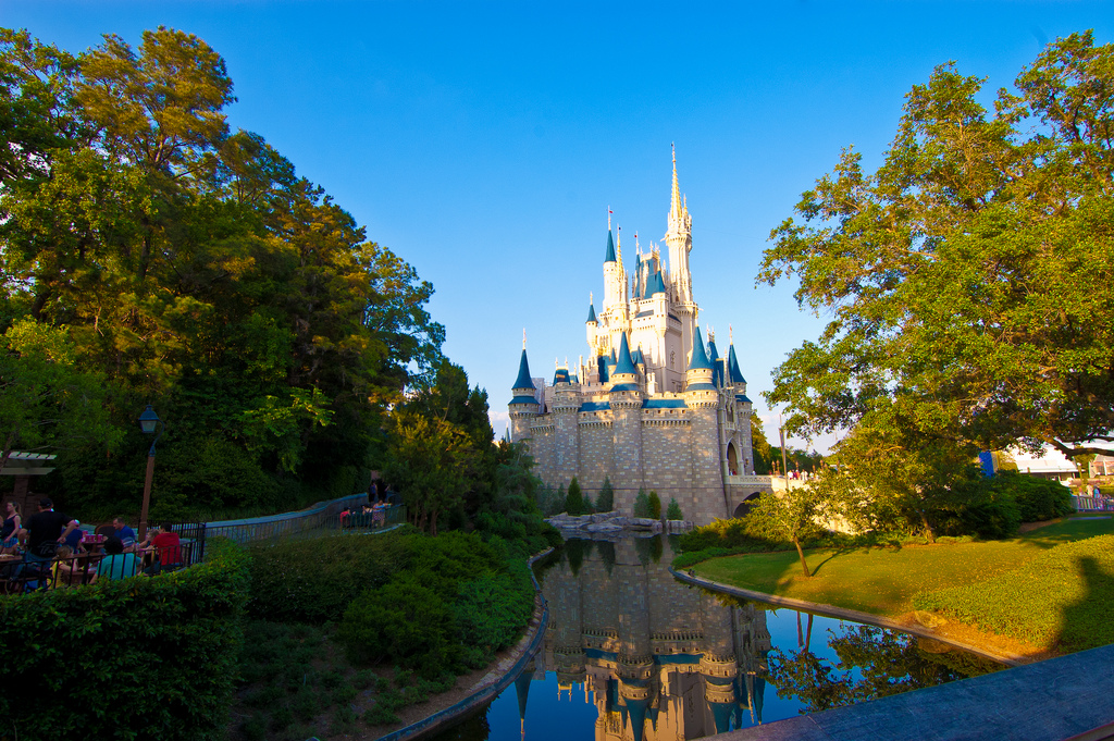 Disneyland, Cinderella Castle| © Brandon Serna/ Flickr