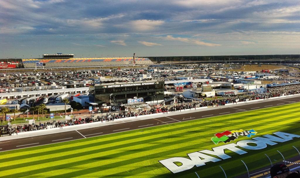 Daytona Speedway | © Nick Ledford / Flickr