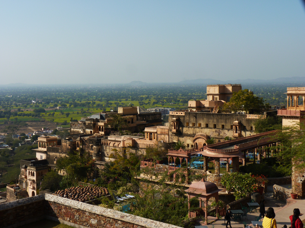 Neemrana Fort Palace | © Archit Ratan/ Flickr