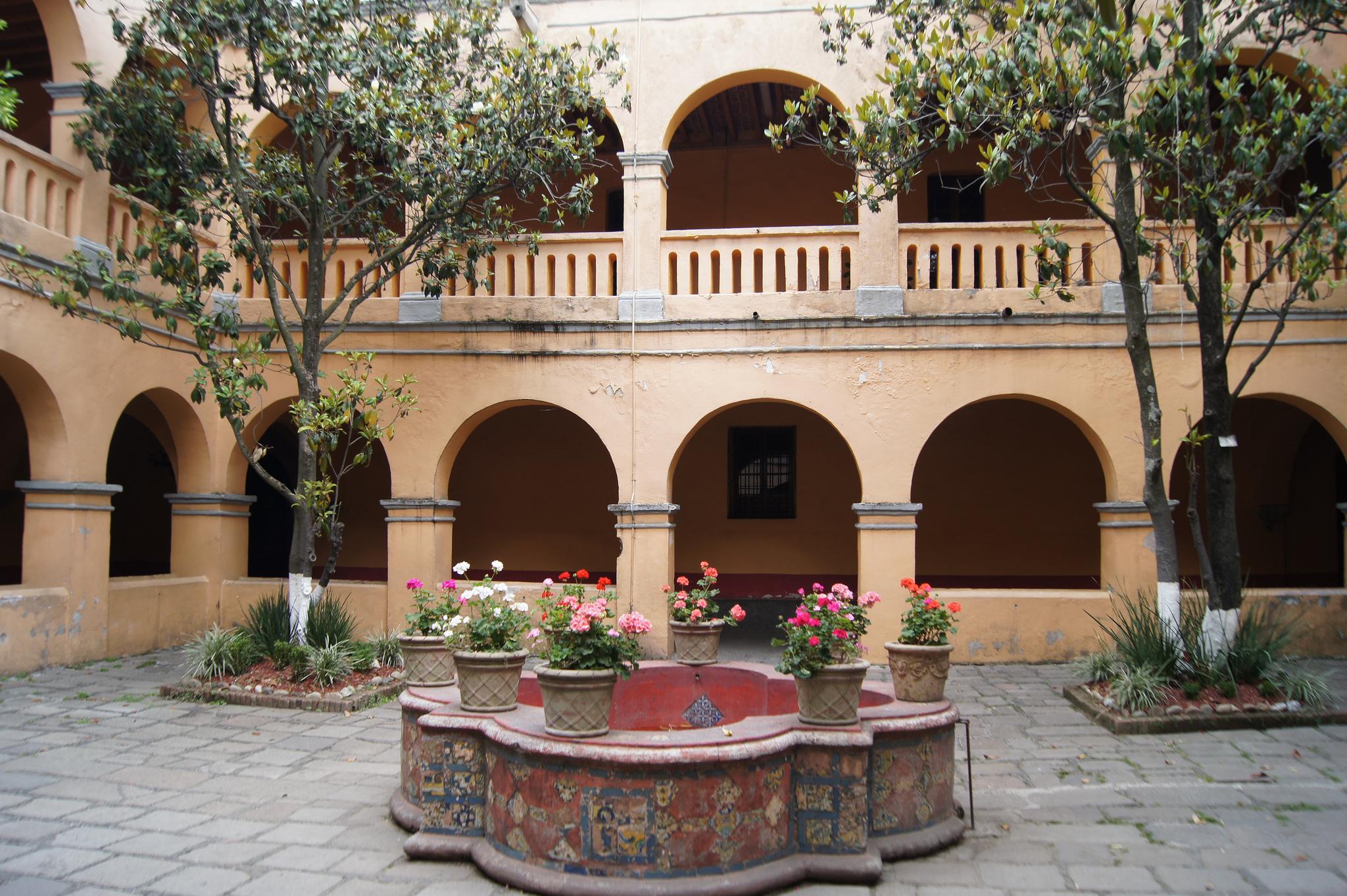 Courtyard, Tlalpan | © Enrique Vázquez/Flickr