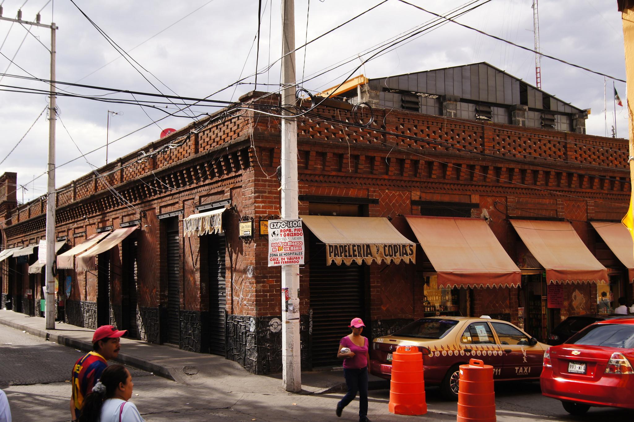 Storefronts, Tlalpan | © Enrique Vázquez/Flickr