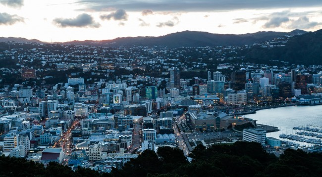 Downtown Wellington from Mount Victoria   © russellstreet/Flickr