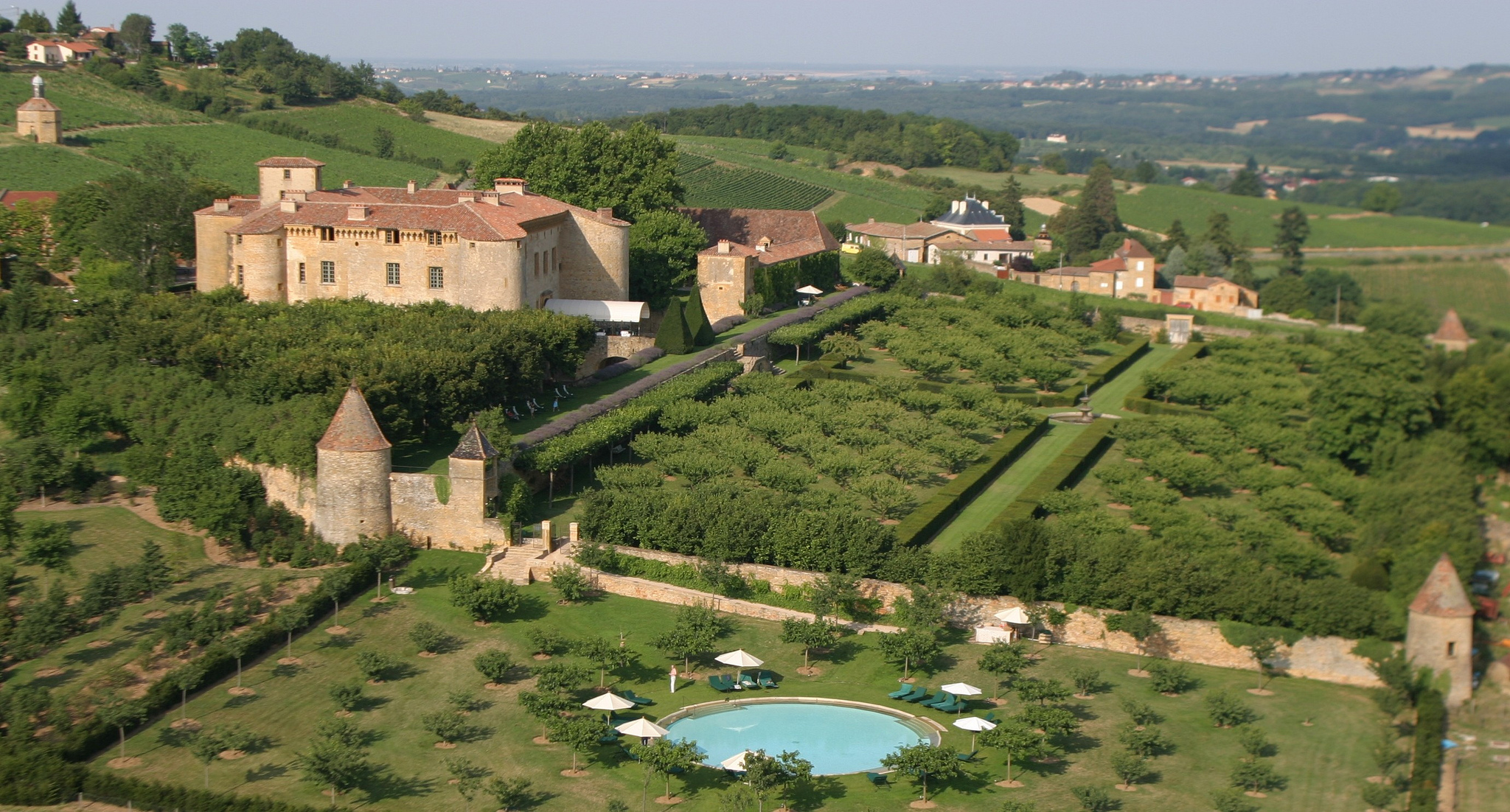 Château de Bagnols | © Corona Mejora Tu Vida/ Flickr