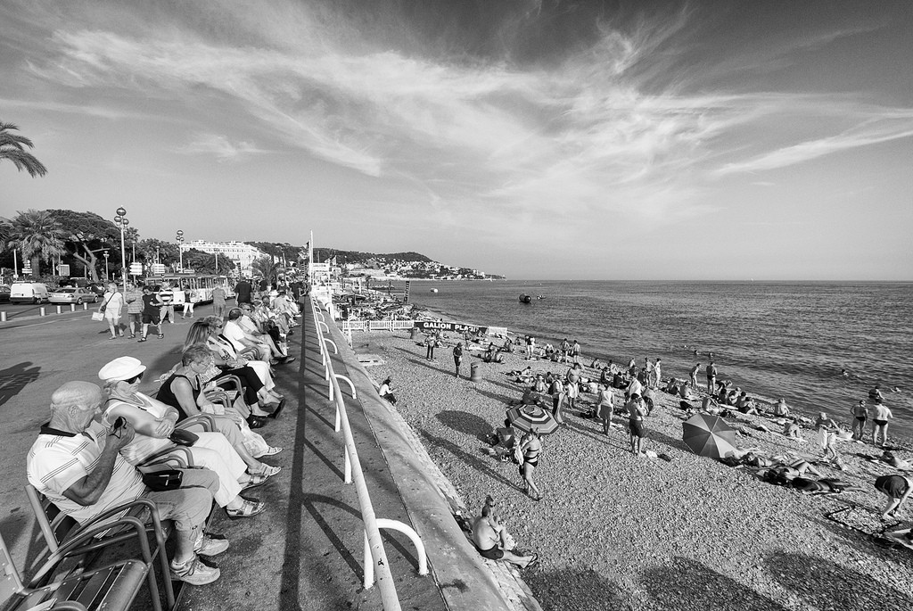The Promenade des Anglais is a great place to get panoramic views | © Yoni Lerner/flickr