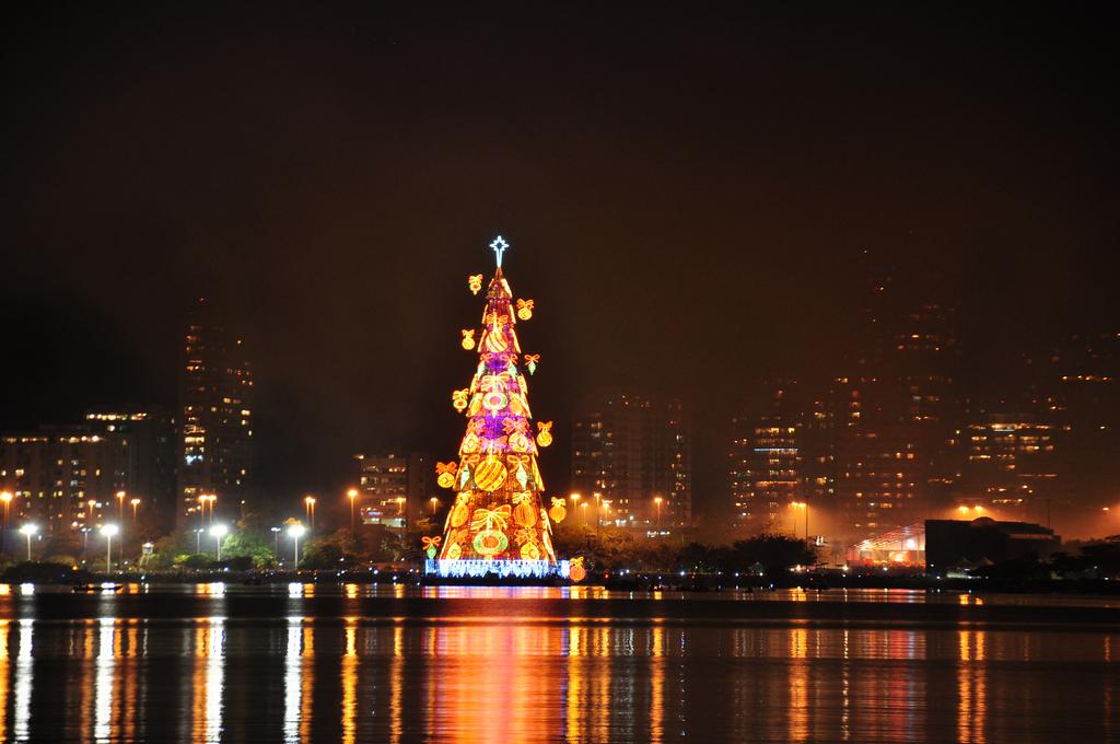 Christmas tree of Lagoa  © Alexandre Macieira   Riotur/Flickr