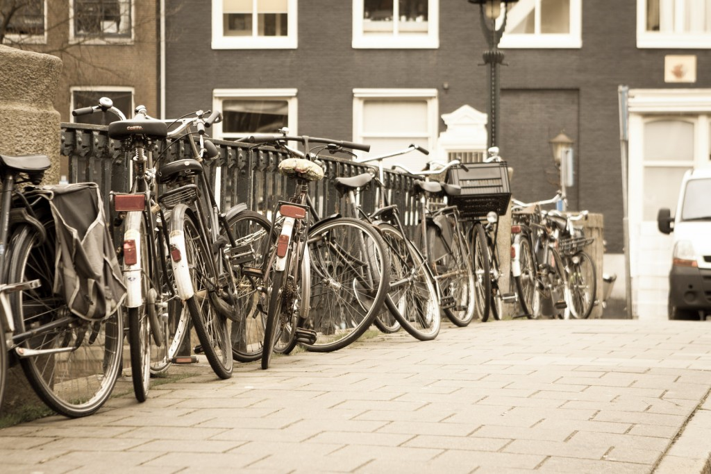 Discover Amsterdam by bike with a tour from Bed & Guide | ©Jirka Matousek / Flickr