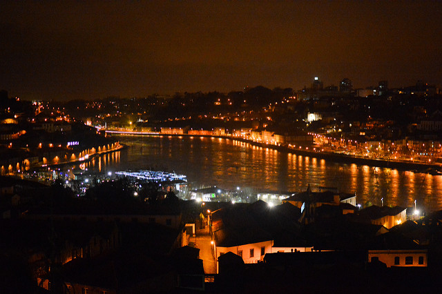 River Douro and Porto at Night © www.david baxendale.com / Flickr
