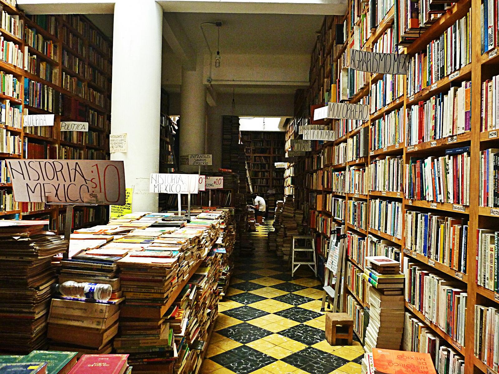 Used books | © Jesús Dehesa/Flickr