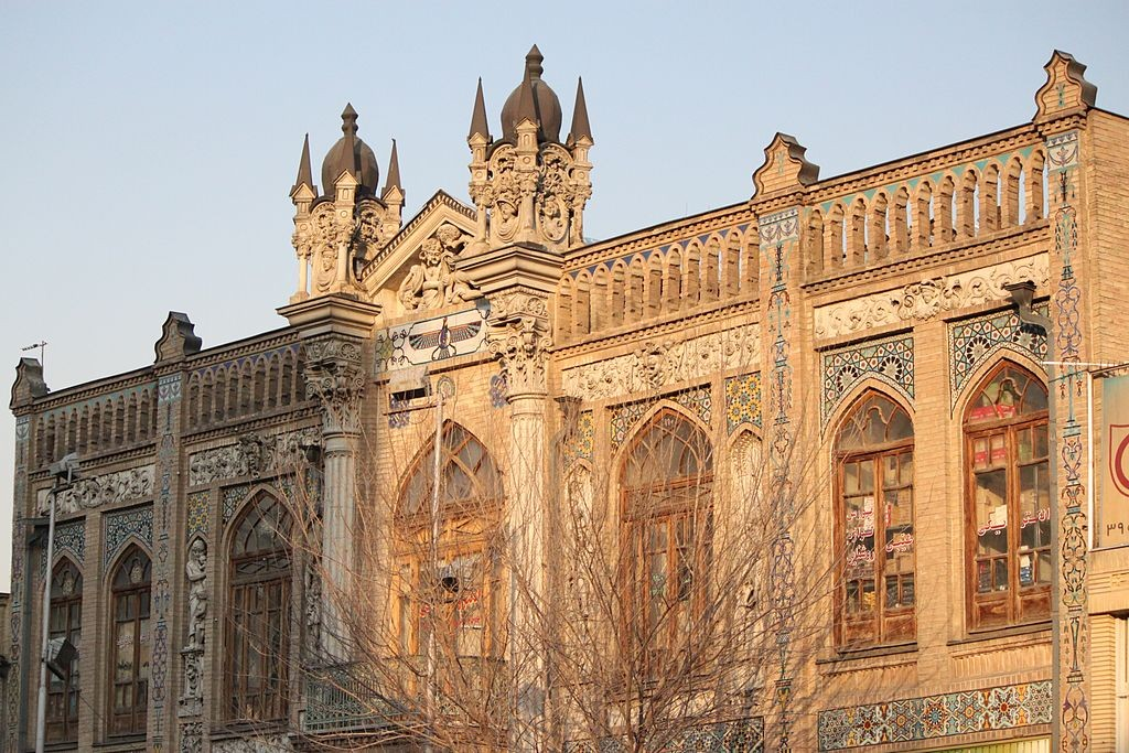 Gothic style of Saraye Roshan | © sepideh.sadafi@gmail.com / Wikimedia Commons