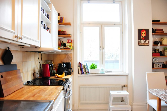 Apartment kitchen | ©Jess Pac/Flickr