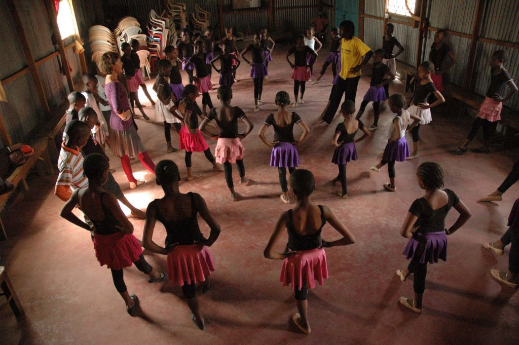 Some of the younger students learning the steps | Courtesy of Anno's Africa