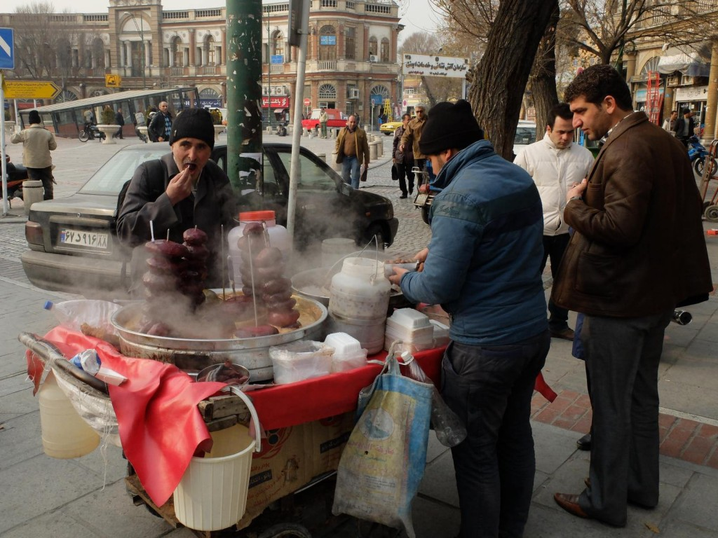 10 Local Street Food Dishes To Try In Tehran