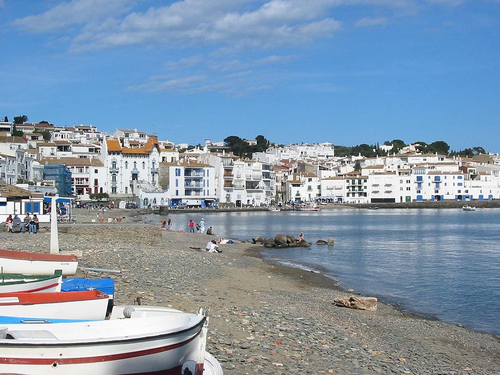 Cadaques, Spain | ©Gabriele Delhey / Wikimedia Commons