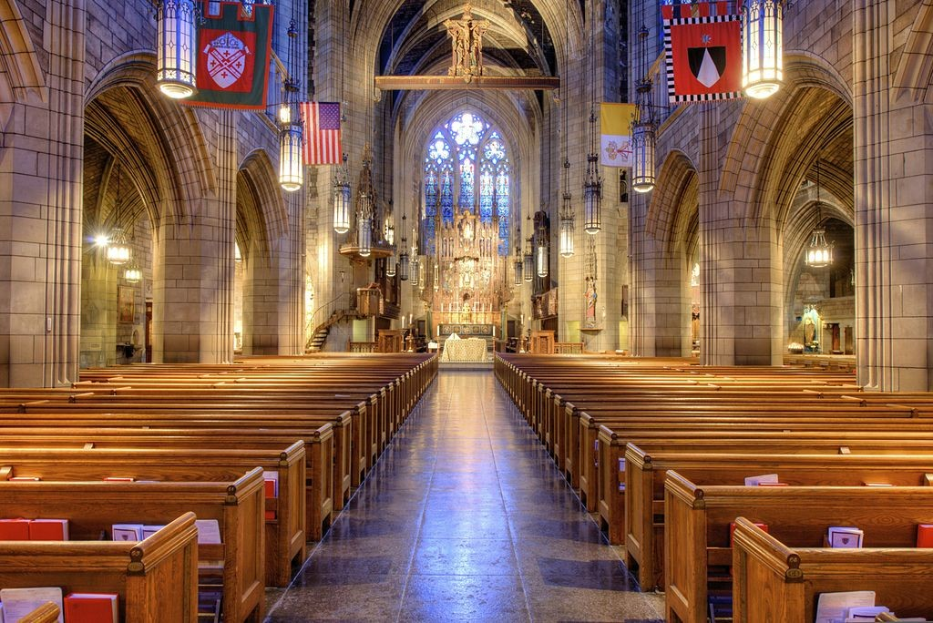 Church of St. Vincent Ferrer (NYC) - Nave   © Bestbudbrian/WikiCommons