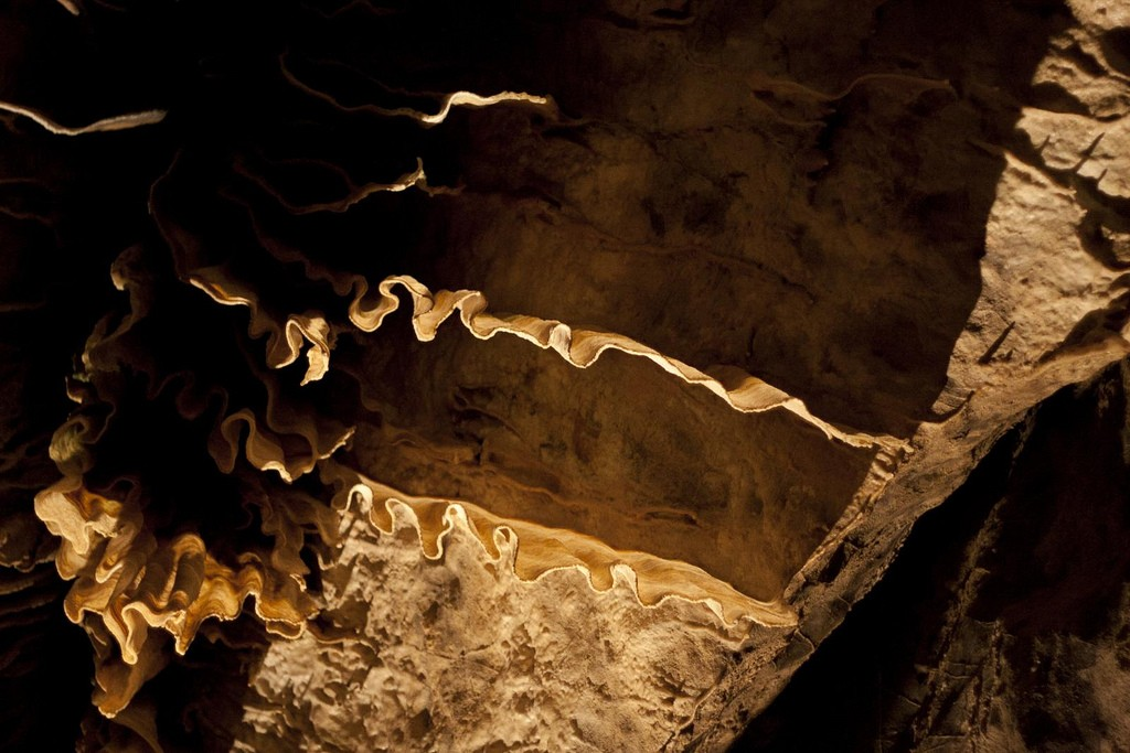 Detail of the Han-sur-Lesse Caves l © Leopolde de Castro / Flickr