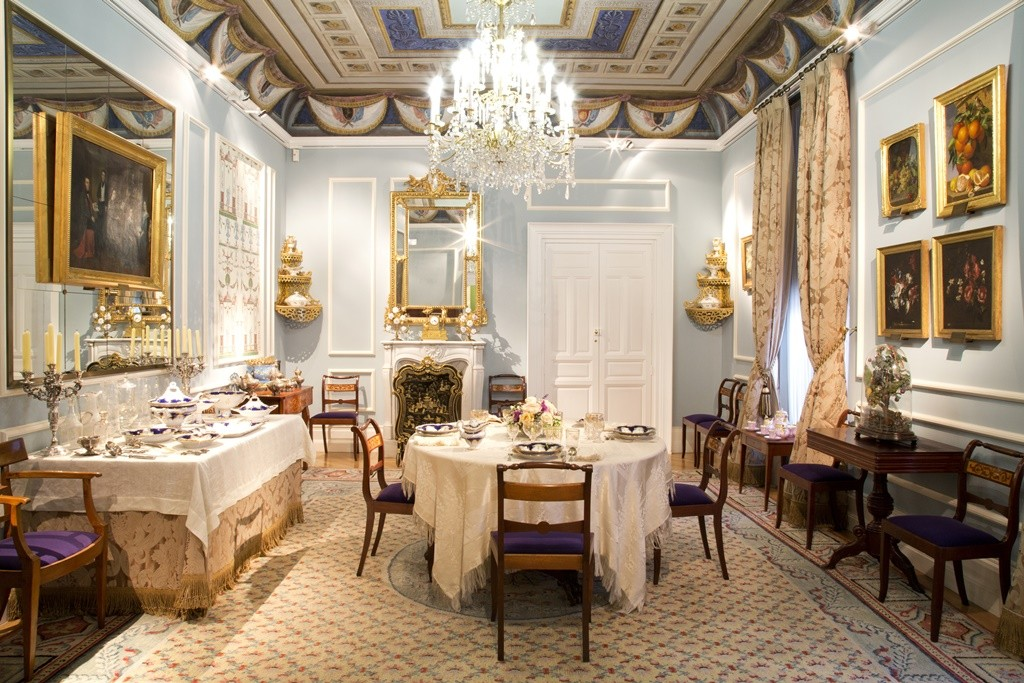 A dining room at the at the Museo de Romanticismo | © Javier Rodríguez