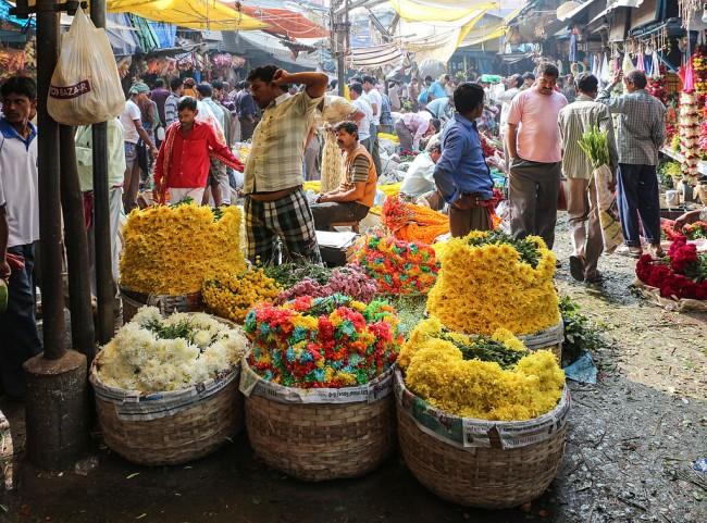 Mallik Ghat Flower Market   © Bernard Gagnon/WikiCommons