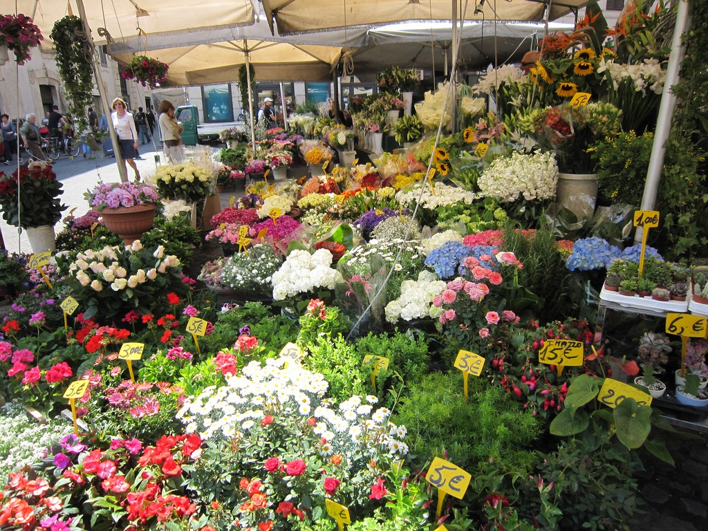Flower Market | © Signe Karen/Flickr