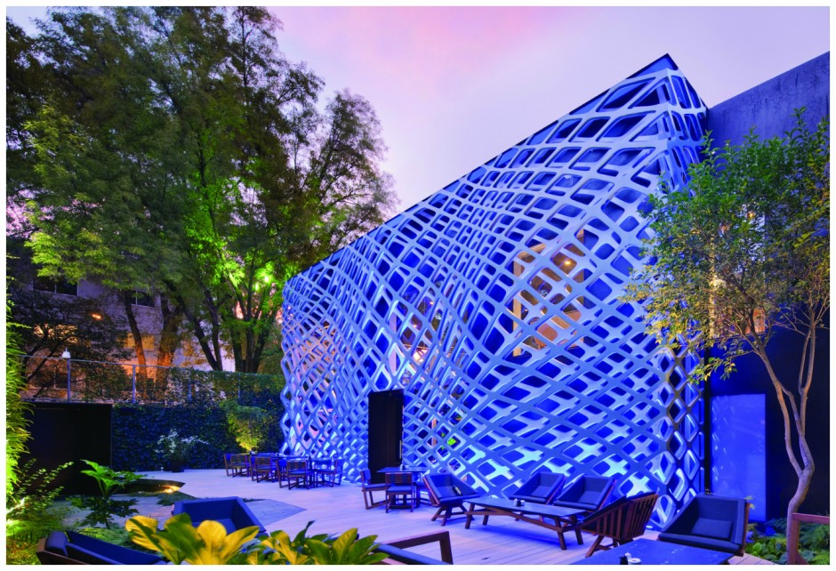 Stunning architecture   Courtesy of Tori Tori Temistocles