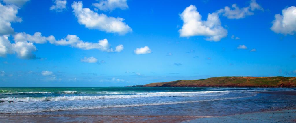 Freshwater West surf|©Francesco Volpi/Flickr
