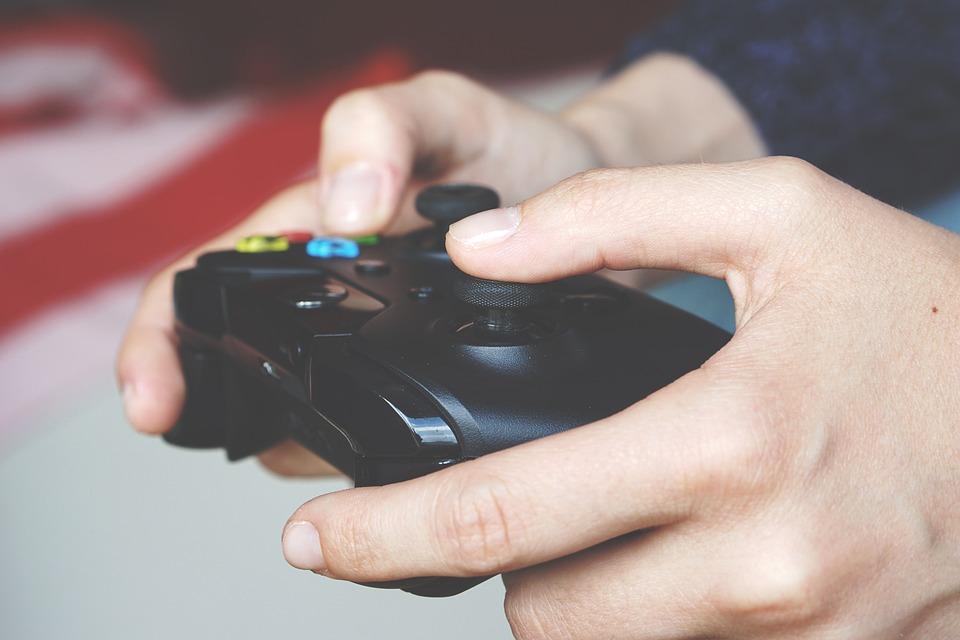 Console controller | © superanton / Pixabay