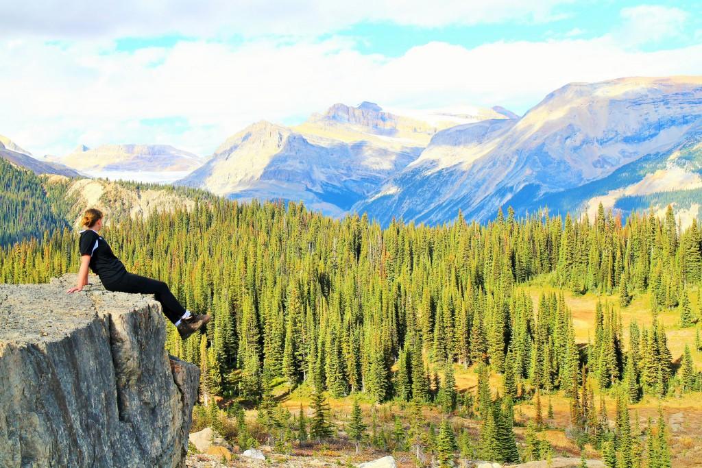 Relaxing along the Iceline Trail © Juliane Schultz/Flickr