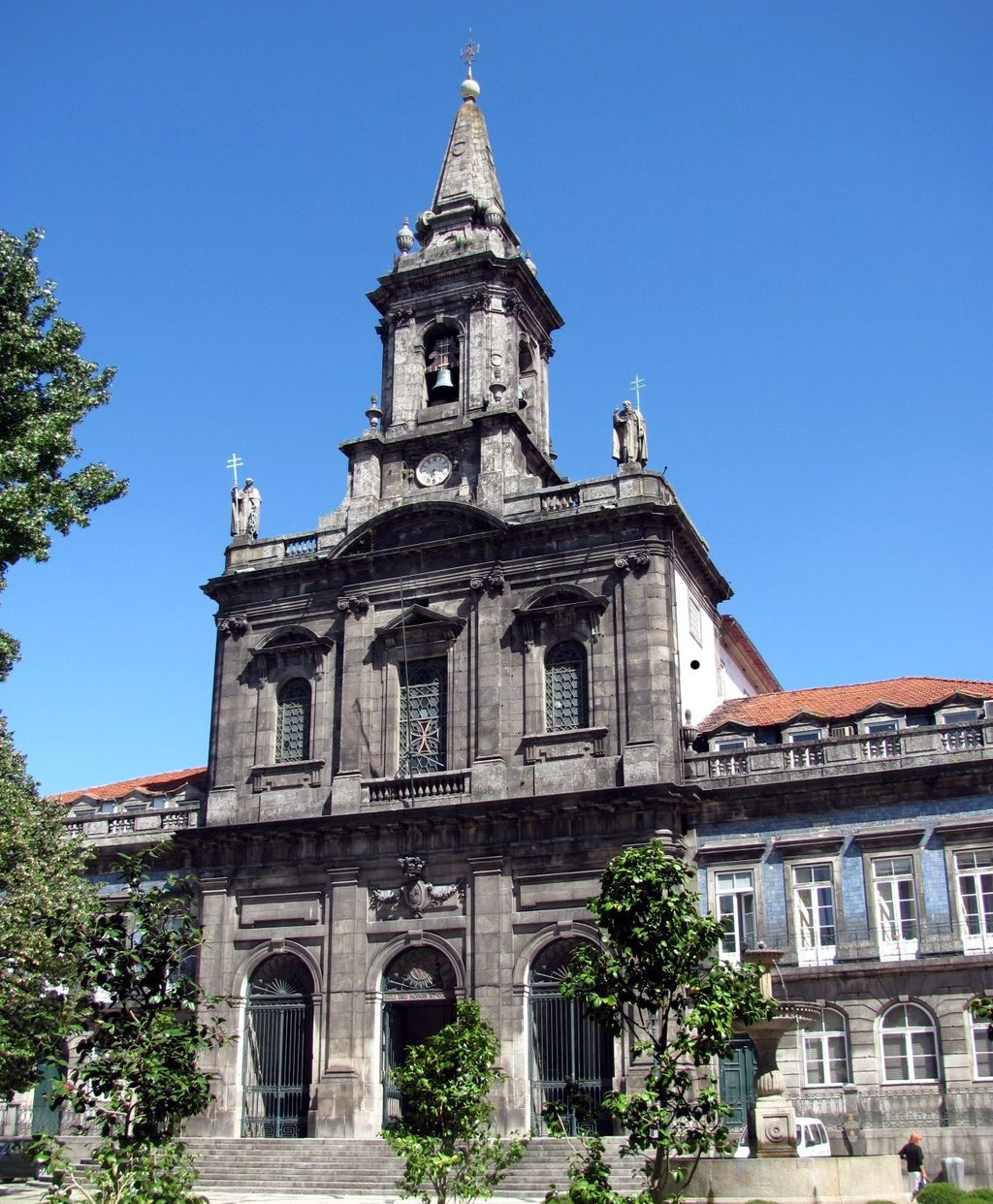Porto: How To Spend 48 Hours In Porto