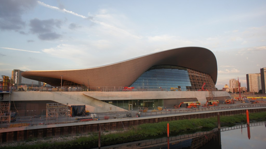The Zaha Hadid designed London Aquatics Centre | ©wikimedia.org