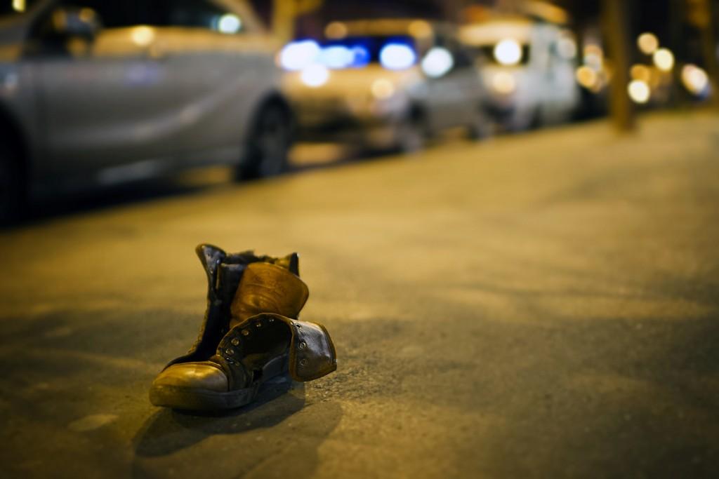 Lost shoe in Paris │© Dustin Gaffke / Flickr