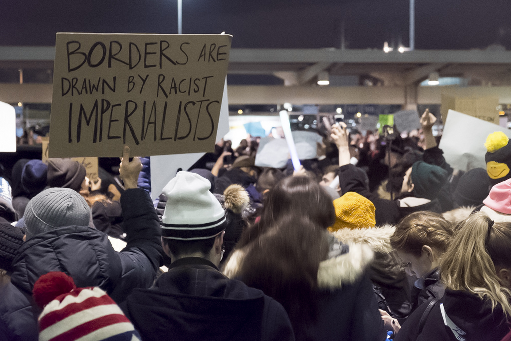 JFK Protestor | © LuminaryTraveller/Flickr