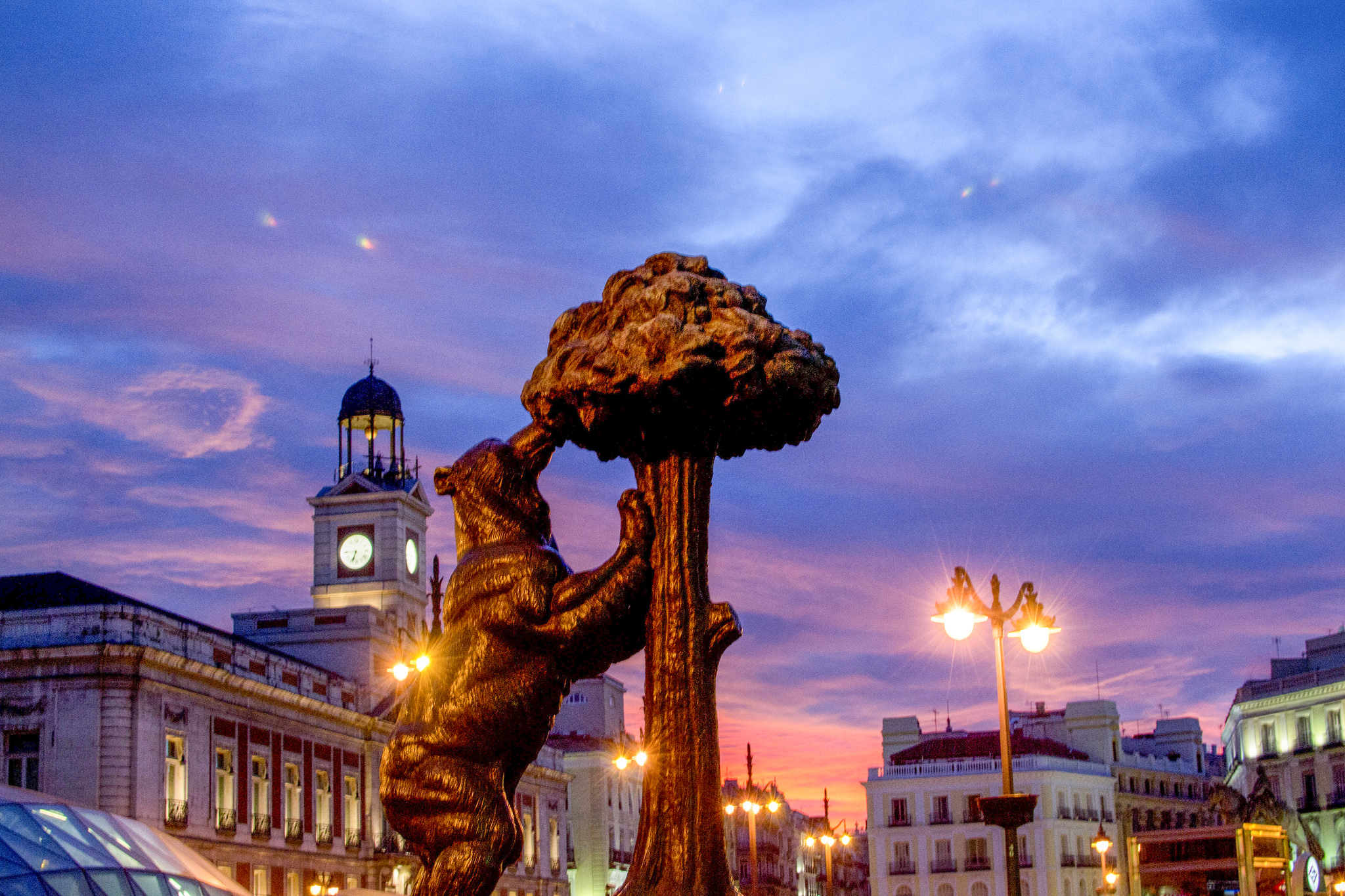 The 6 Prettiest Plazas In Madrid Spain