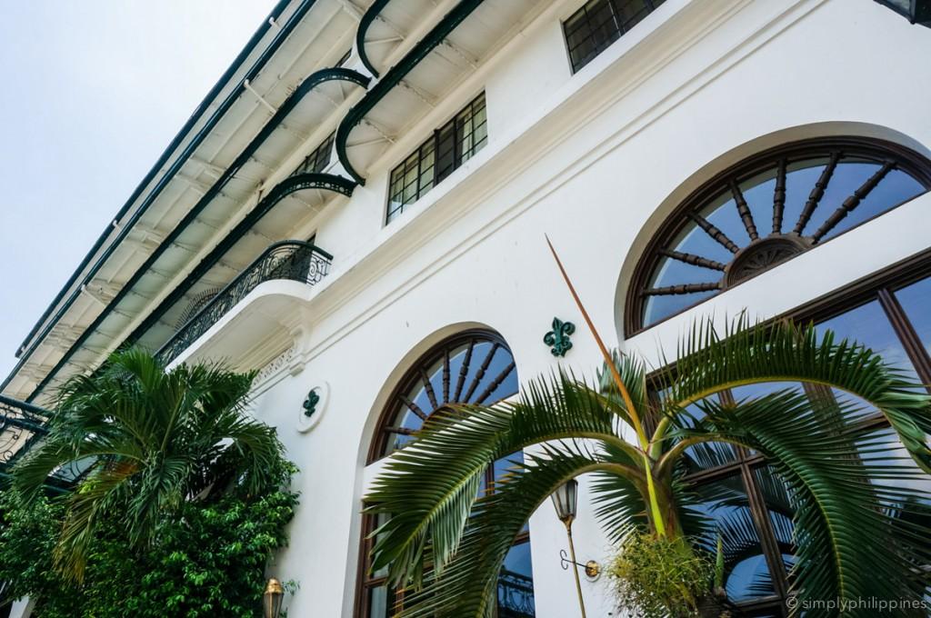 Facade of Manila Hotel | © Esther de la Cruz / SimplyPhilippines