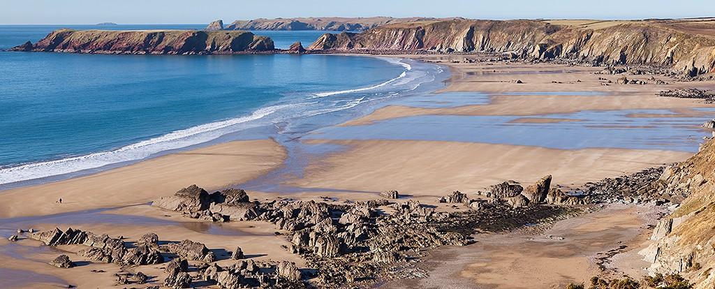 Marloes Sands in Pembrokeshire|©David Evans/Flickr