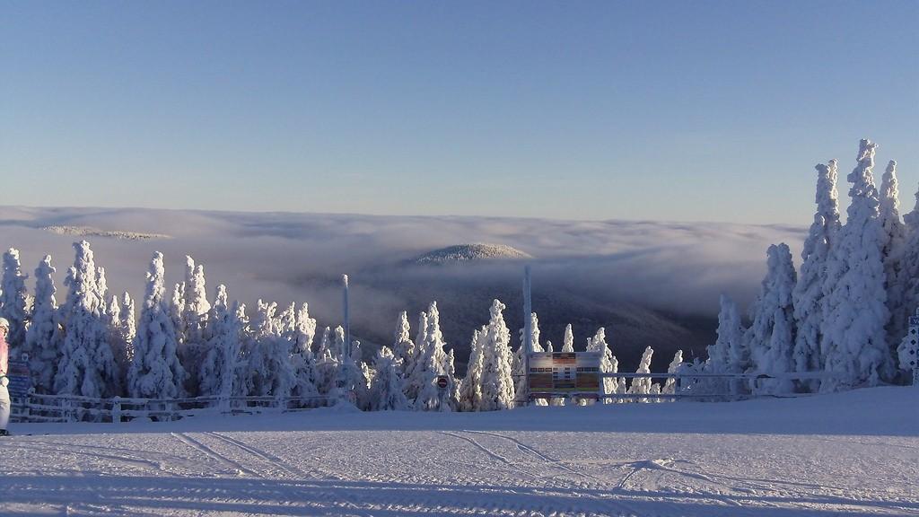 Mont Tremblant's snowy landscape © Andrea Black / Flickr