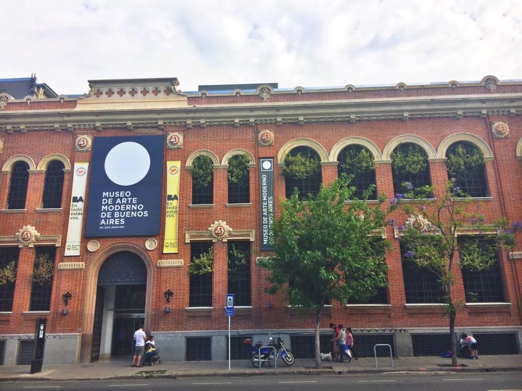| Museo de Arte Moderno de Buenos Aires / Wikimedia