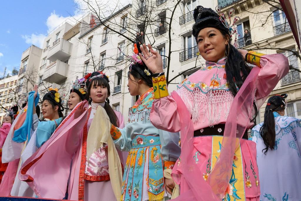 New Year celebrations on Avenue de Choisy │© Myrabella / WikiCommons