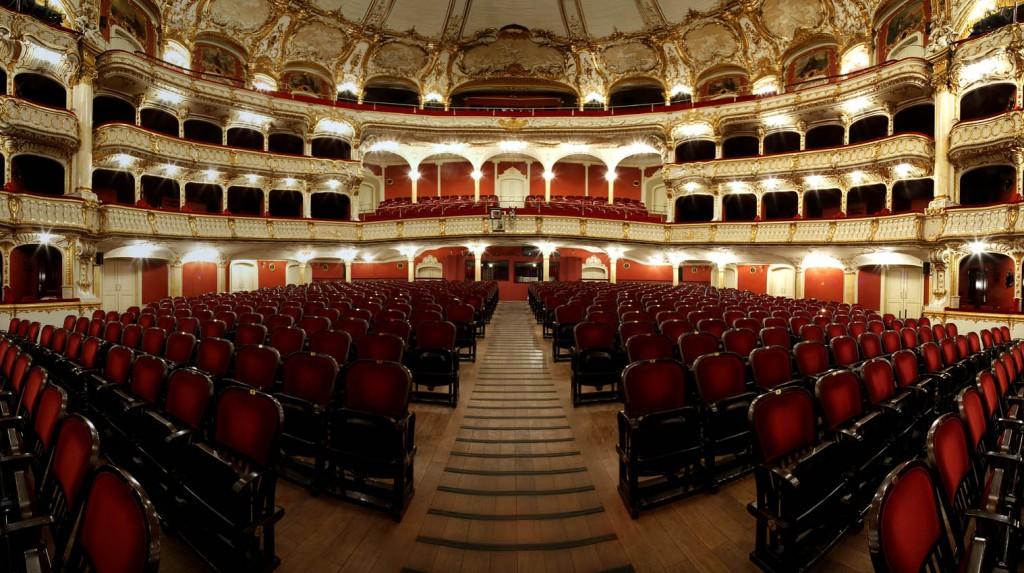 Шикарный интерьер зрительного зала Грацской оперы |  Предоставлено Opera Graz