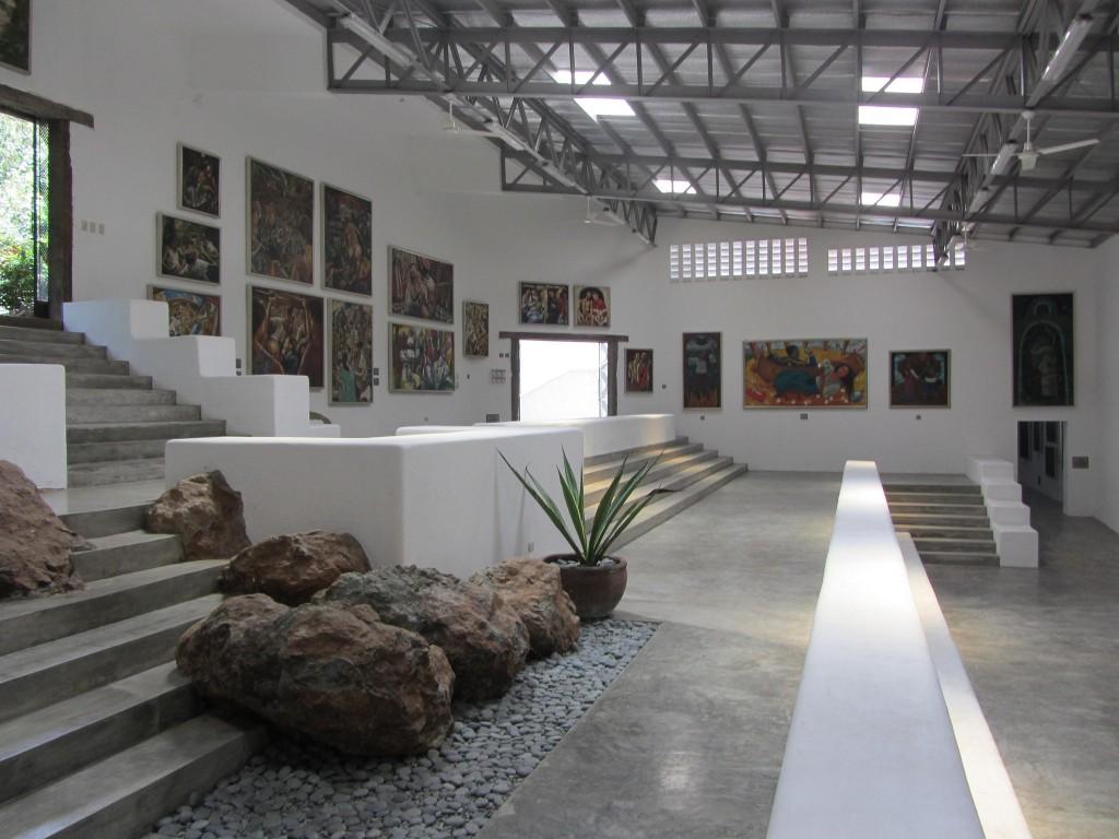 Inside the Pinto Art Museum | © Arthur Nielsen / Flickr