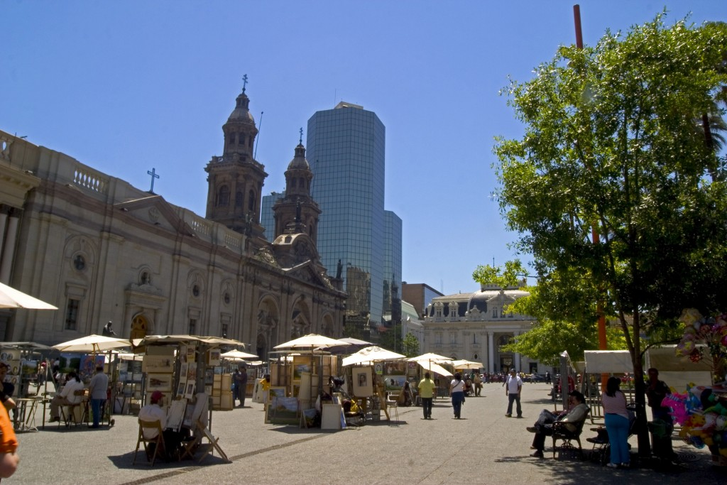 Plaza de Armas, Santiago © Turismo Chile
