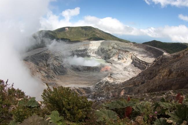 Poás Volcano National Park, Costa Rica | © travelmag.com/Flickr