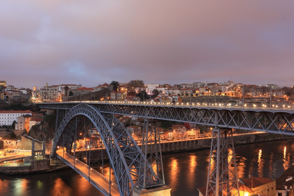 Maria Pia Bridge © Pixabay