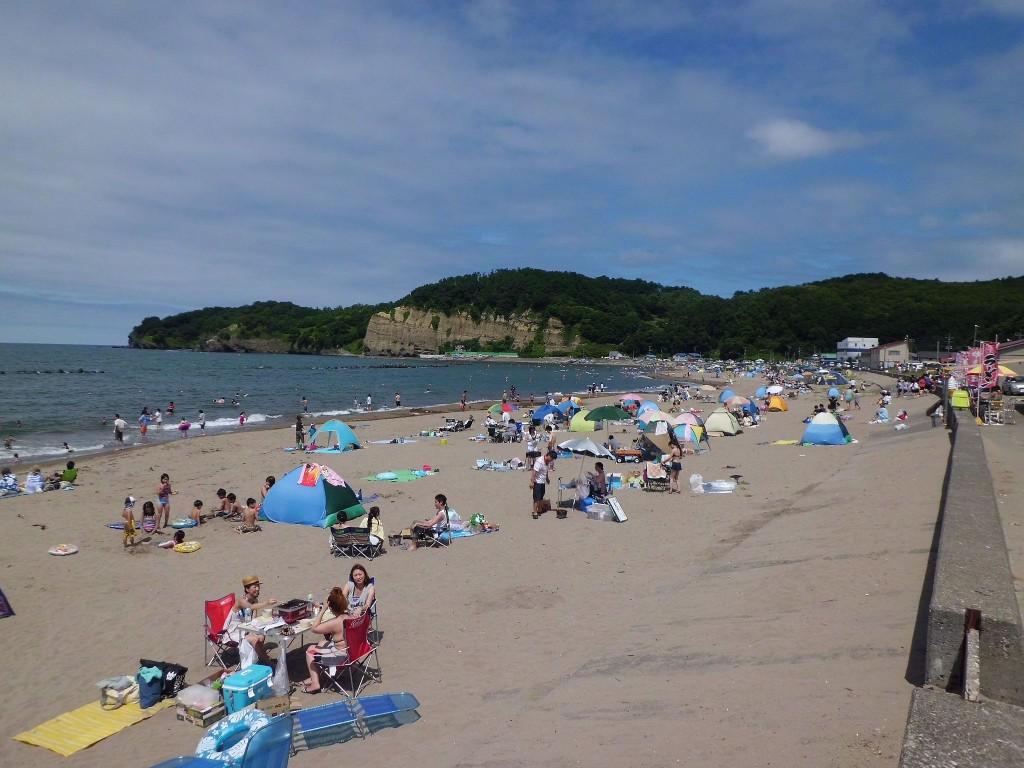 Ranshima beach in Otaru city, Hokkaido, Japan. | ©禁樹なずな / Wikimedia Commons